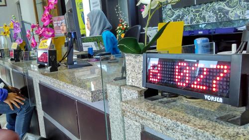display antrian mesin antrian kantor pajak